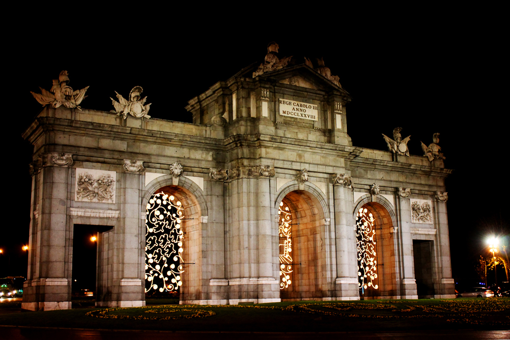 Puerta de Alcalá, Madrid, Spain, Christmas