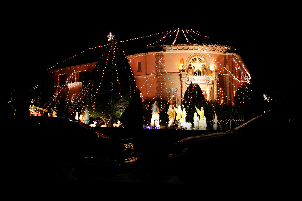 Balian House, Christmas Eve, Pasadena