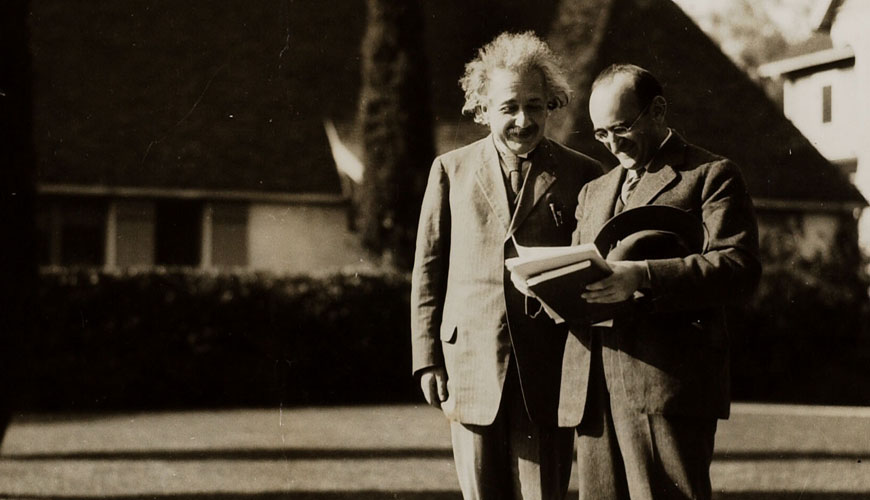 Einstein in Pasadena in 1931 (photo credit)