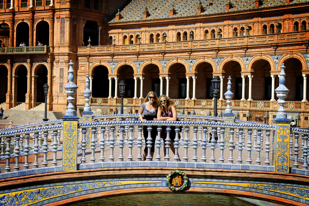 Feeling at home in Sevilla with a visit from my sister