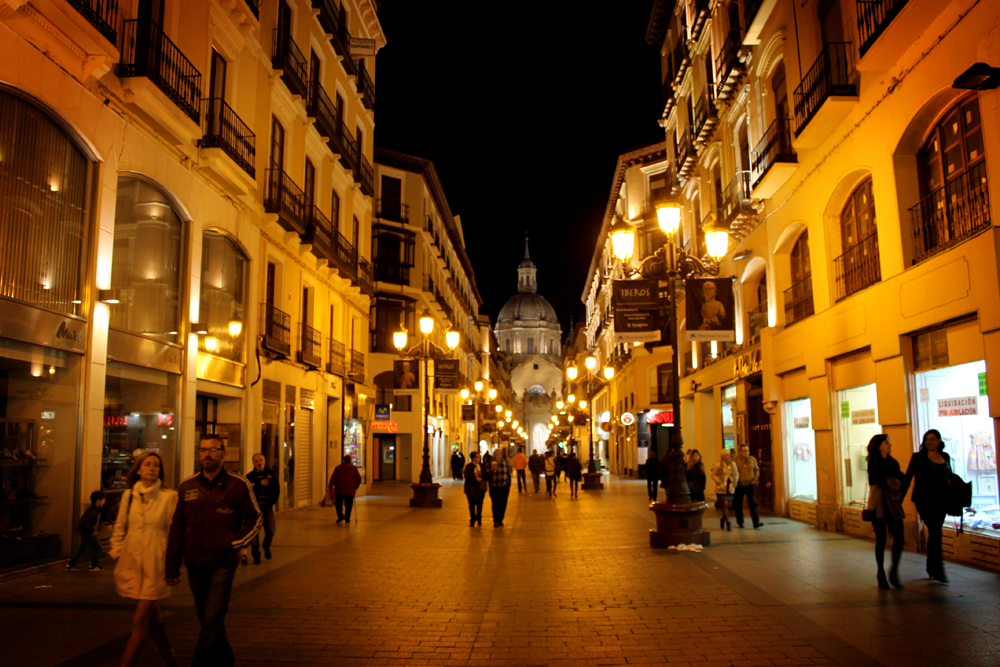 Zaragoza by night