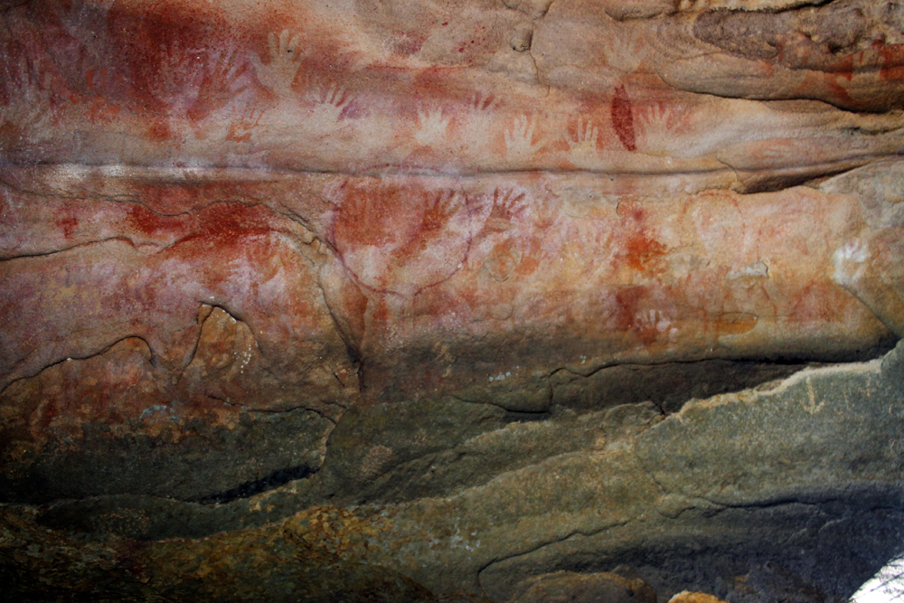 Blue Mountains aboriginal cave paintings