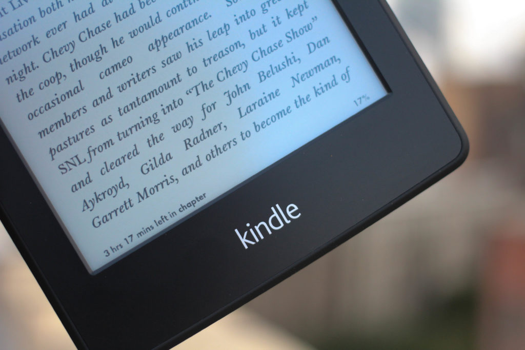 Travel gift ideas - Kindle Paperwhite