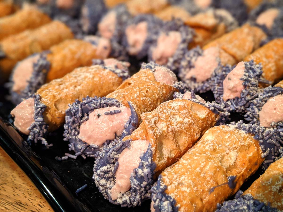 Boysenberry cannoli