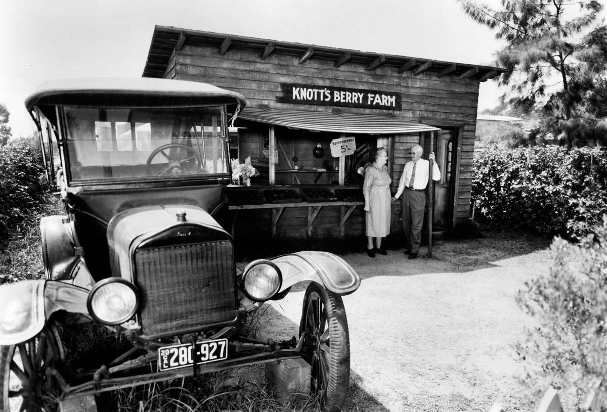 Knott's boysenberry stand 1920